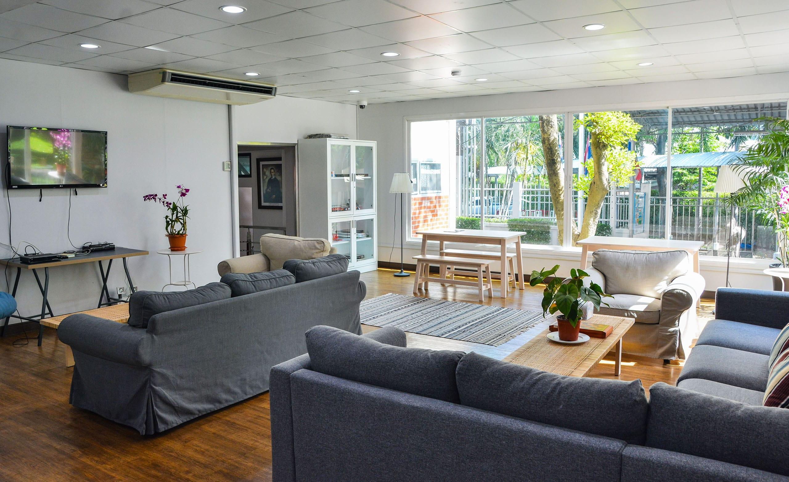 Seelos Residence - Common Room-min